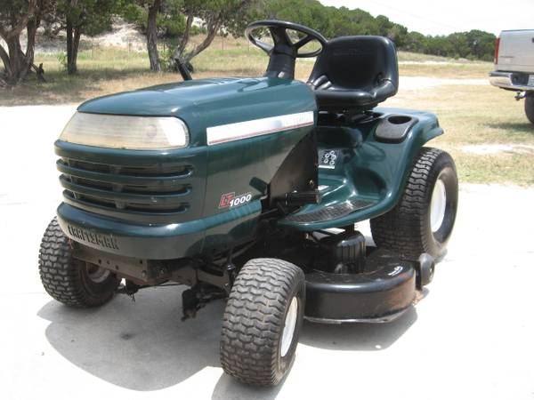 Sears Craftsman 42 Riding Mower - $550 (Clifton)