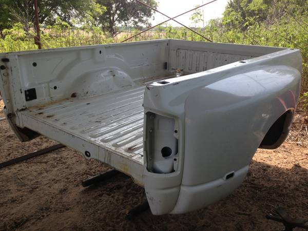 Dodge dually truck beds (Stephenville)