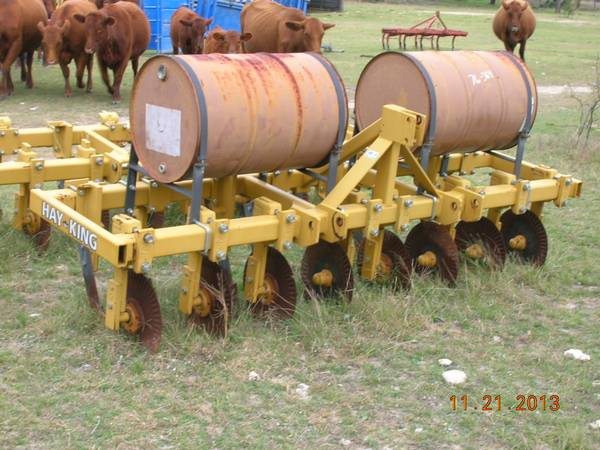 HAY KING PASTURE RENOVATOR - $2800 (BURNET,TX)