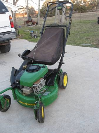 John Deere JS40 Lawnmower - $250 (Clifton)