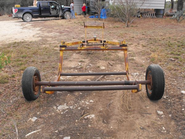 bale buggy with electric brakes - $750 (Hamilton Tx )