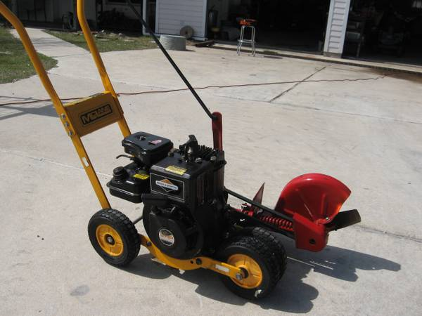 McLane Gas Edger - $125 (Clifton)