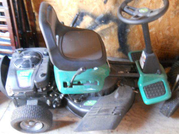 weedeater one riding mower - $500 (moody)
