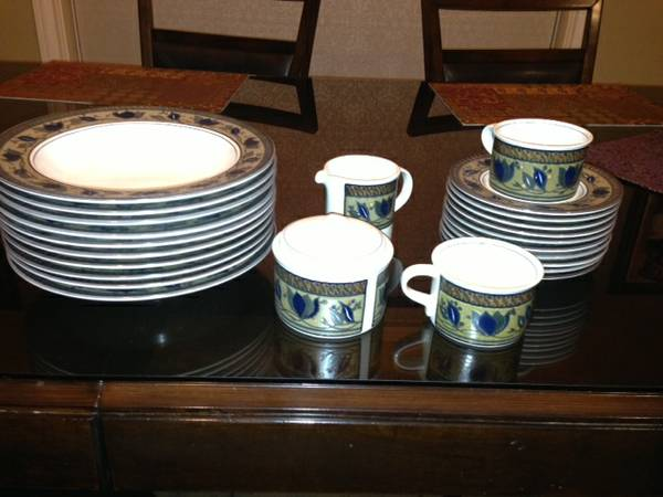 MIKASA ARABELLA DISHES $50 OBO - $50 (China Spring, TX)