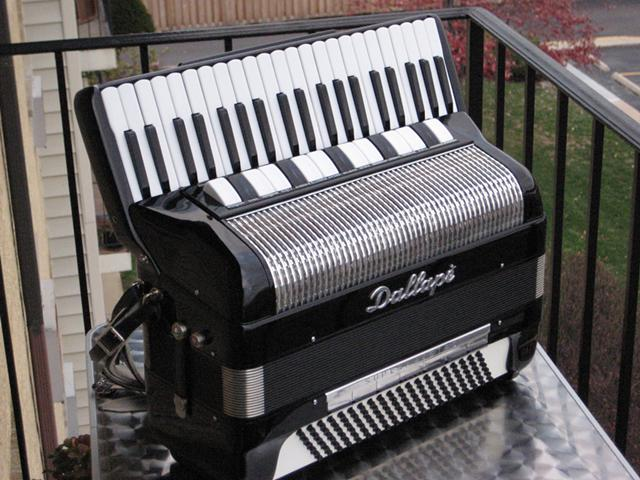 1961 Dallape SuperMaestro Accordion - $2200