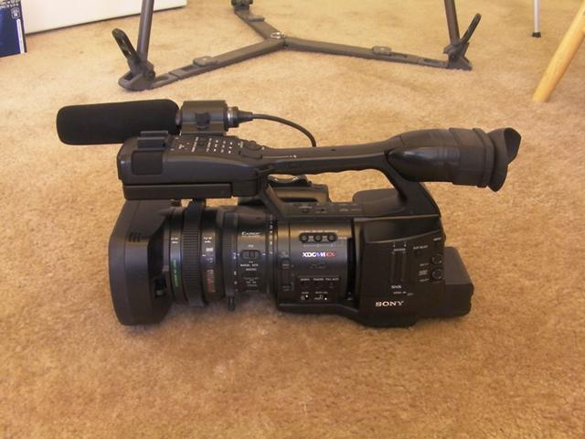 Sony PMW-EX1 w Letus Prime Kit  Telephoto  Wide Angle Lens  And More   $3500