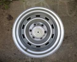6 lug 15 inch chevy rally wheels (Hewitt)
